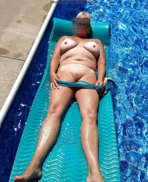 Ma femme rêve qu'un homme vienne la baiser dans la piscine
